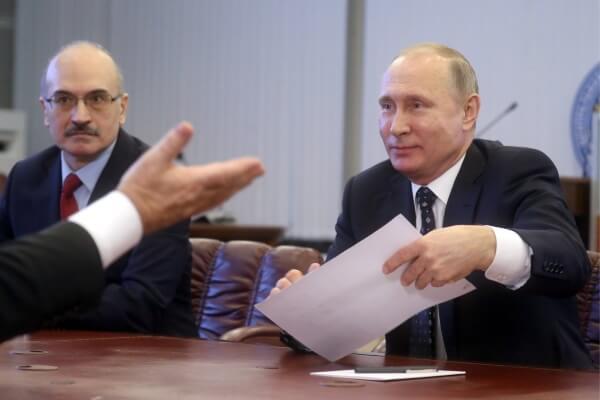 кандидат в президенты Владимир Путин